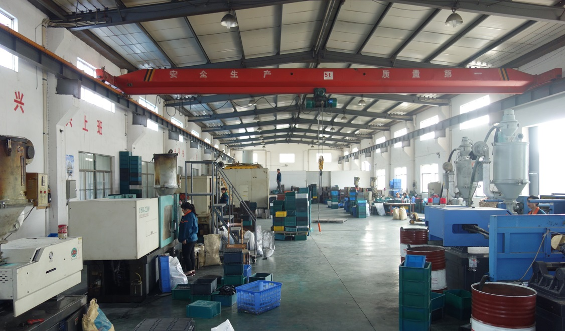 pipe-clamp-manufacturer factory